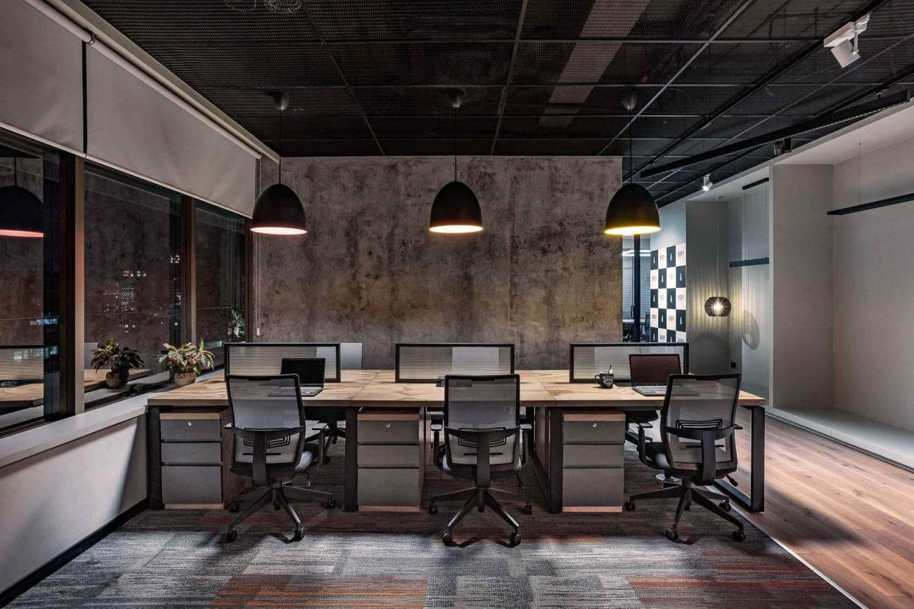 Abby lighting open office