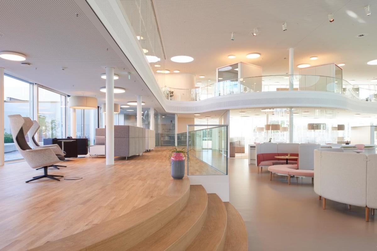 Sedus smart office lobby